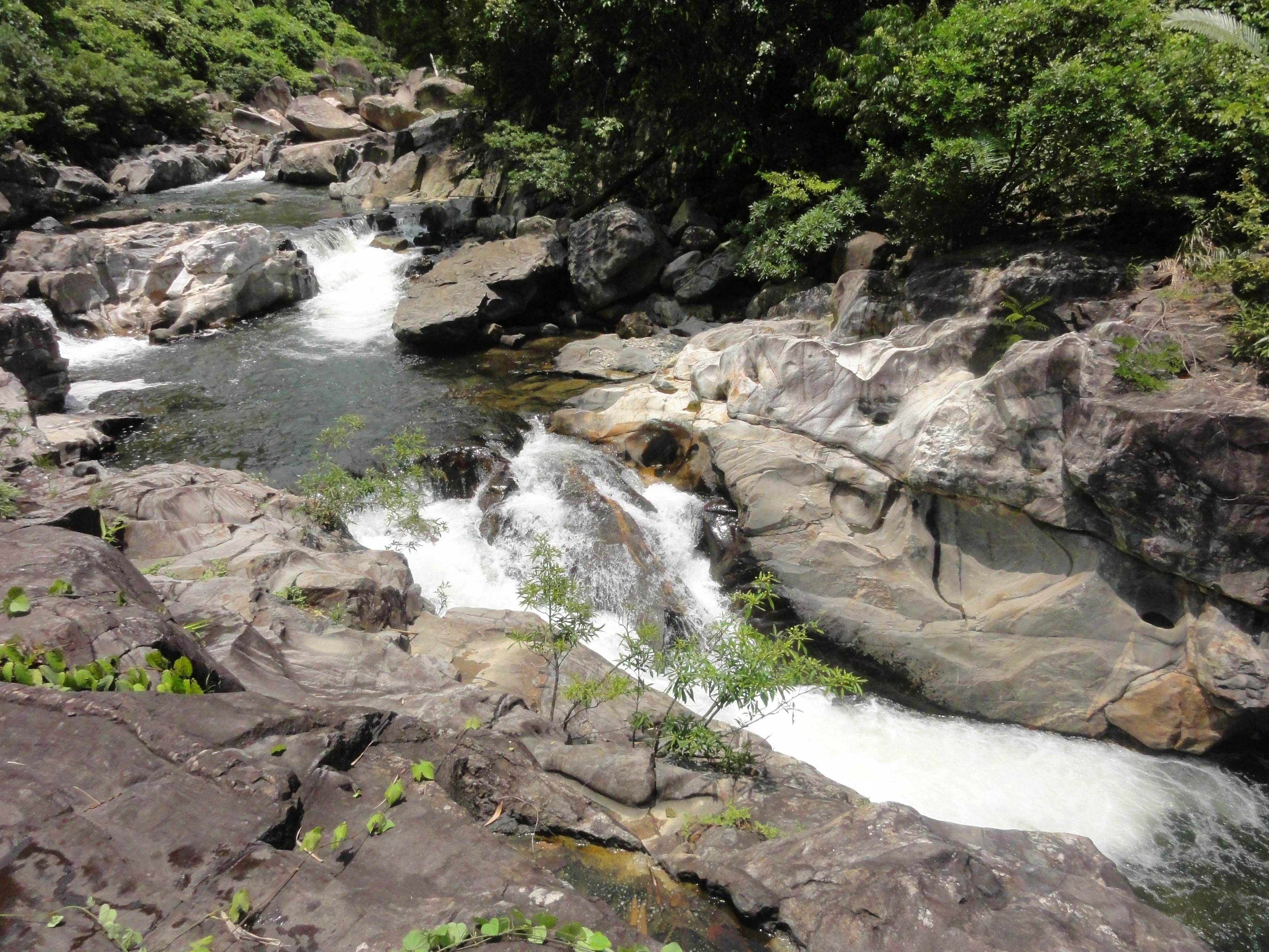 TuyLoan2-11 Falls.JPG